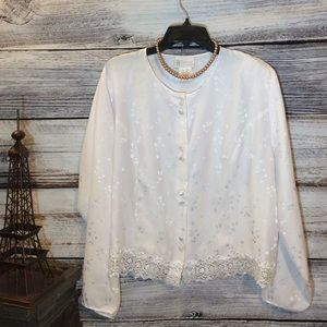 NWOT California Dynasty Button Up Blouse